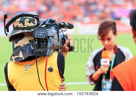 Sisaket Thailand-june 21: Cameraman During Thai Premier League Match Between Sisaket Fc And Royal Th