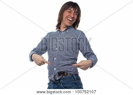 Man showing at the gun