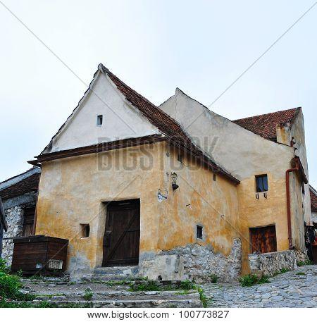 Rasnov Fortress House