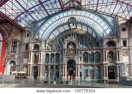 Interior Of The Antwerp Railway Station