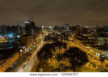 Parque Kennedy by night