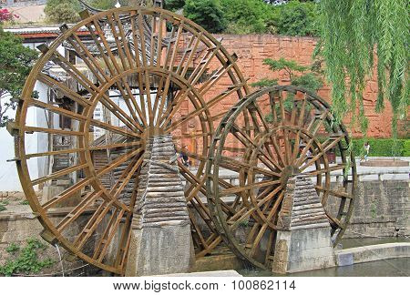 watermill on the street in Lijiang, China