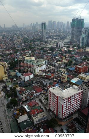 view across polluted manila in the philippines