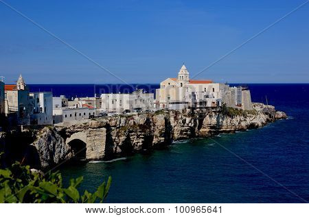 Old Town And Church La Chiesa Di Santa Croce, Vieste, Gargano, Puglia, Italy