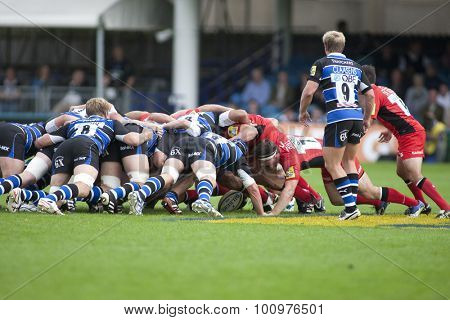 BATH, ENGLAND. 10 SEPTEMBER 2011  A scrum during the Aviva Premiership match between Bath and Saracens at the Recreation Ground Bath England.