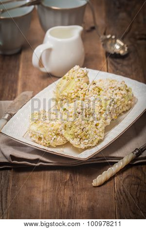 Meringue Roulade With Pistachio Nut