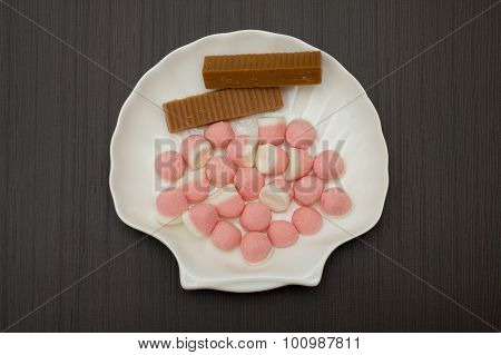 Pink Marmalade In Sugar With Two Stick Iris