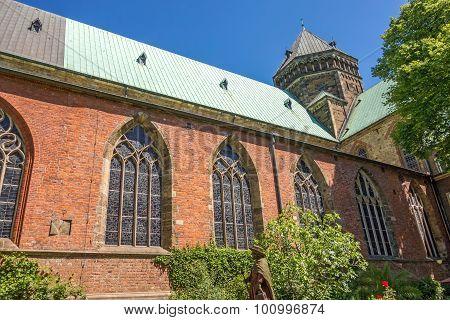 Sankt Petri Cathedral Patio / Garden, Bremen