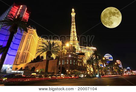 A full moon over Paris on the Strip
