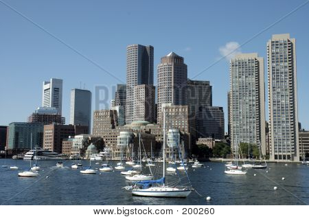 Boston Skylines entnommen den Charles River 1