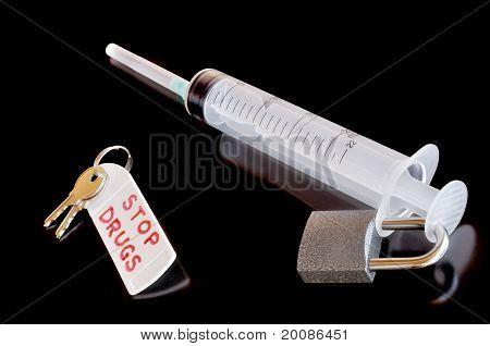 Disposable Syringe, Lock And Keys