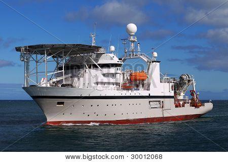 Barco de buceo offshore B