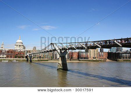 Millennium Bridge and St.Paul's Cathedral