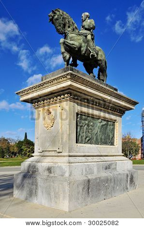 BARCELONA, SPAIN - DECEMBER, 18: Monument to Prim in Parc de la Ciutadella on December 18, 2011 in Barcelona, Spain. The original statue was destroyed in 1936 and the current one is a replica of 1948