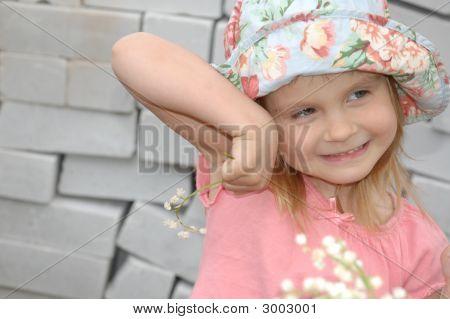 Mädchen mit weißen Lilien