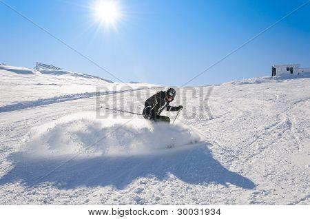 Drifting on skis