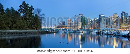 Vancouver Bc Skyline From Stanley Park