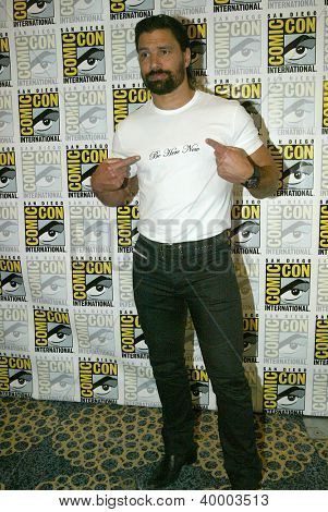SAN DIEGO, CA - JULY 13: Manu Bennett arrives at the 2012 Comic Con convention press room at the Bayfront Hilton Hotel on Friday, July 13, 2012 in San Diego, CA.