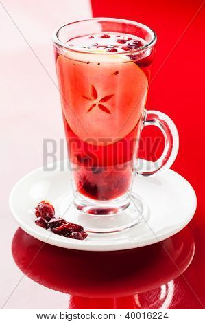 Apple cranberry hot drink