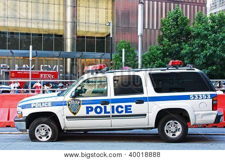 Port Authority Police Car with Flat Tire
