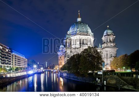 Dome In Berlin At Night