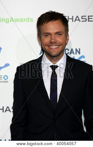 LOS ANGELES - DEC 7:  Joel McHale arrives to the 2012 American Giving Awards at Pasadena Civic Center on December 7, 2012 in Pasadena, CA