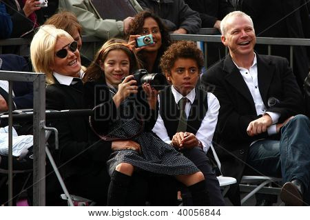 LOS ANGELES - DEC 13:  Deborra-Lee Furness with Ava and Oscar Jackman at the Hollywood Walk of Fame ceremony for Hugh Jackman on December 13, 2012 in Los Angeles, CA