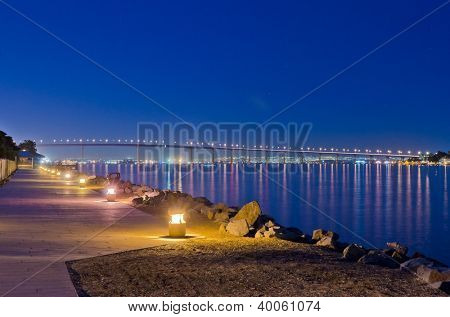 Night view of Lion's Gate bridge in San Diego, CA, USA