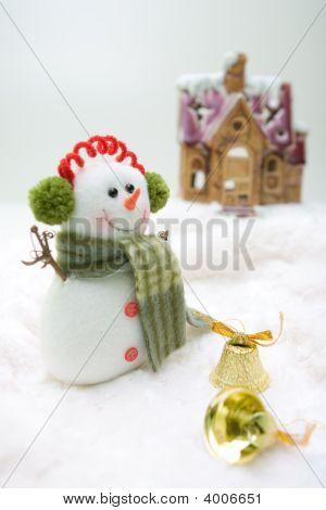 Front House Snowman
