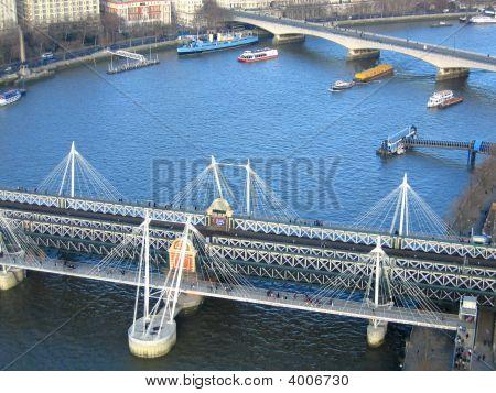 Thames River Traffic