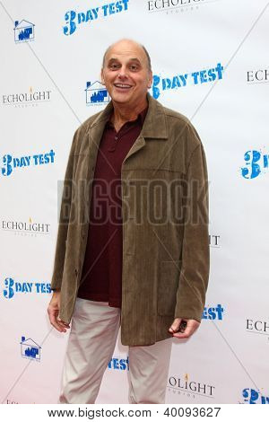 LOS ANGELES - DEC 8:  Kurt Fuller arrives to the '3 Day Test