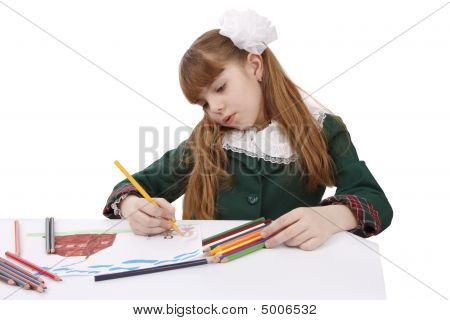 Schoolgirl Is Painting Her Family In Bright Colours