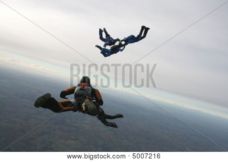 Five Skydivers Exits A Plane