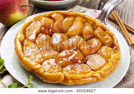 french apple pastry - tarte tatin