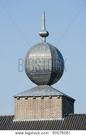 Decorative Spherical Tin Roof Ornament