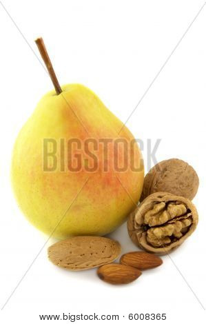Pear And Nuts