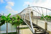 pic of duplex  - The Helix Bridge in Singapore - JPG