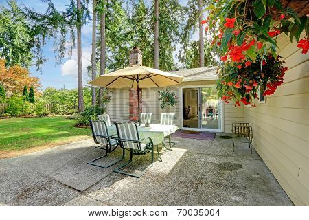 Countryside House Backyard  With Patio Table