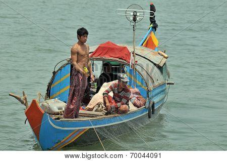 People fishing on Tonle Sap Lake