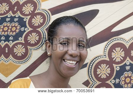 Portrait of an Afro beauty (mid-adult woman)