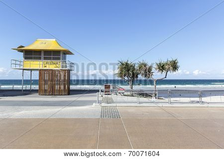Gold Coast Surfers Paradise lifeguard hut