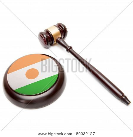 Judge Gavel And Soundboard With National Flag On It - Niger
