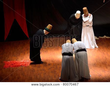 Sufi Whirling Dervish (semazen) Dances