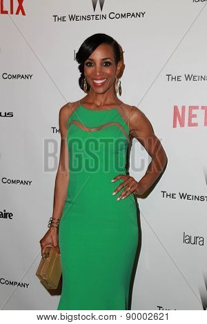 LOS ANGELES - JAN 11:  Shaun Robinson at the The Weinstein Company / Netflix Golden Globes After Party at a Beverly Hilton Adjacent on January 11, 2015 in Beverly Hills, CA