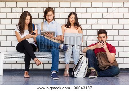 College Students Using Technology