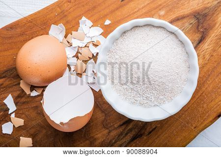Homemade Calcium With Crushed Eggshells