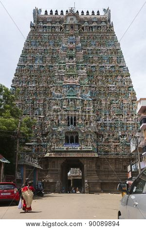 Gopuram Over Entrance To Sarangapani Temple.