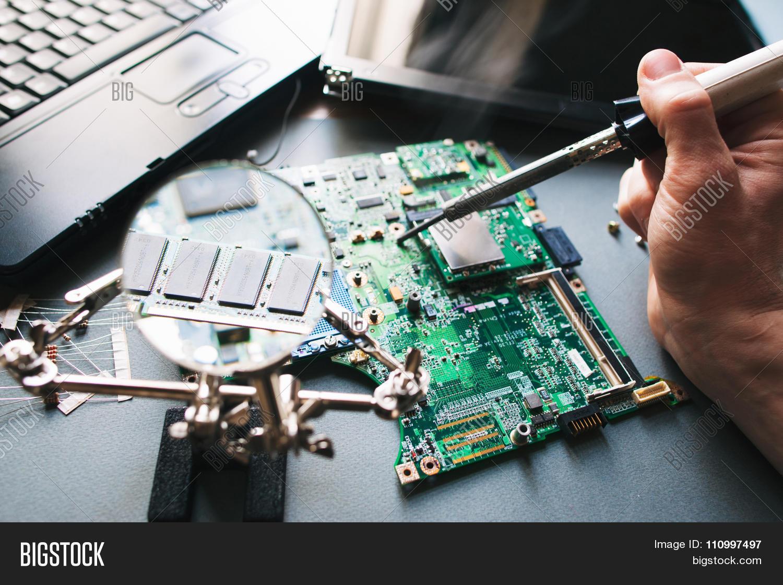 Technician Repair soldering Iron Computer laptop Motherboard – Laptop Repair Technician
