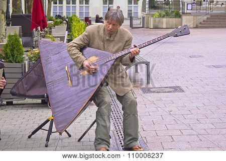 Playing the Balalaika
