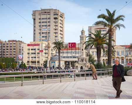 Konak Square With Walking People, Izmir